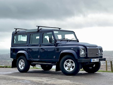 LAND ROVER DEFENDER 110 TD XS STATION WAGON