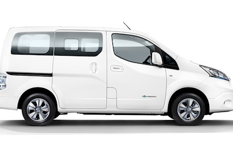 Nissan Tekna Rapid Plus 5 Doors Mpv